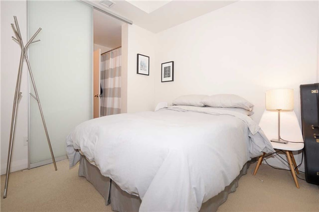 Condo Apartment at 220 Victoria St, Unit 1505, Toronto, Ontario. Image 3