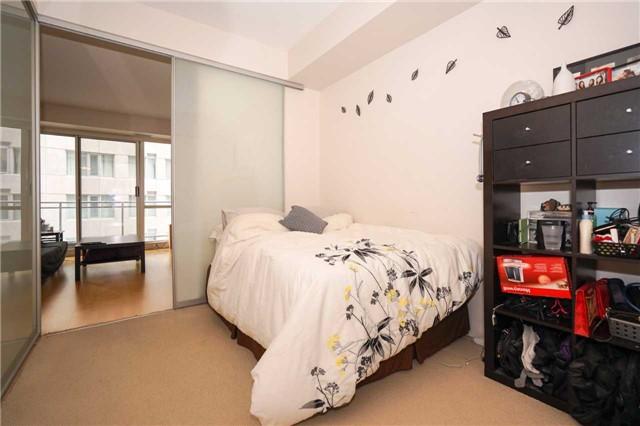 Condo Apartment at 220 Victoria St, Unit 1505, Toronto, Ontario. Image 4