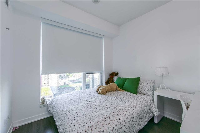 Condo With Common Elements at 225 Sackville St, Unit 1710, Toronto, Ontario. Image 6