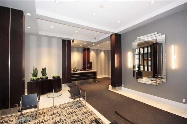 Condo Apartment at 801 Bay St, Unit 307, Toronto, Ontario. Image 15