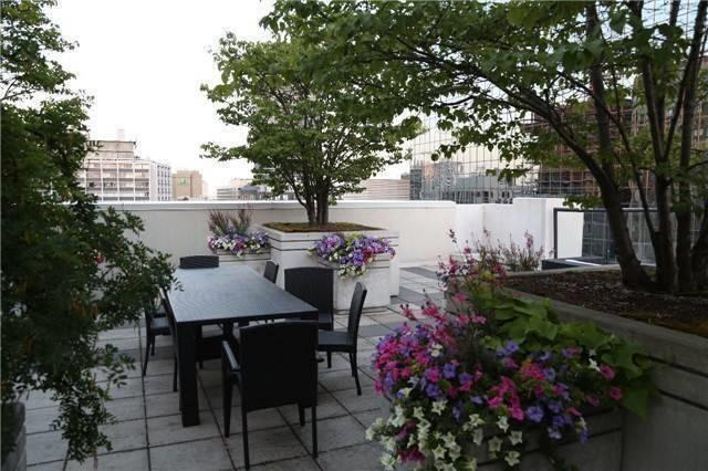 Condo Apartment at 801 Bay St, Unit 307, Toronto, Ontario. Image 10