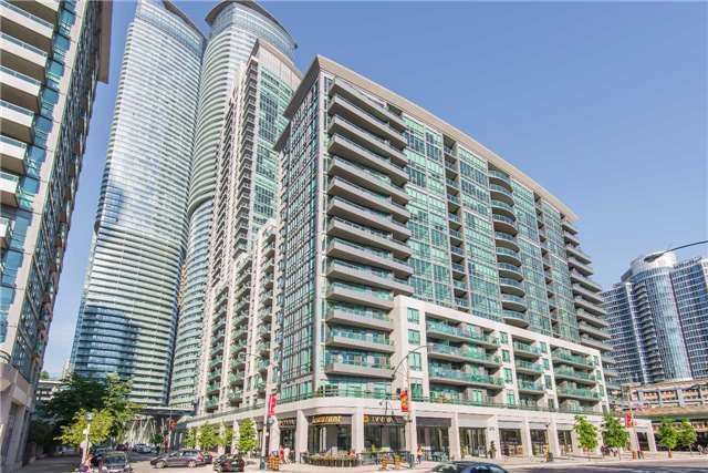 Condo Apartment at 25 Lower Simcoe St, Unit 1807, Toronto, Ontario. Image 1