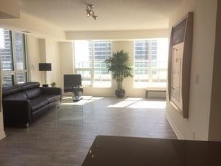 Condo Apartment at 25 Lower Simcoe St, Unit 1807, Toronto, Ontario. Image 6