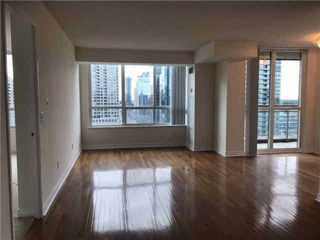 Condo Apartment at 18 Parkview Ave, Unit 1910, Toronto, Ontario. Image 15