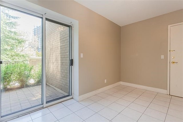 Condo Townhouse at 5418 Yonge St, Unit 113, Toronto, Ontario. Image 7