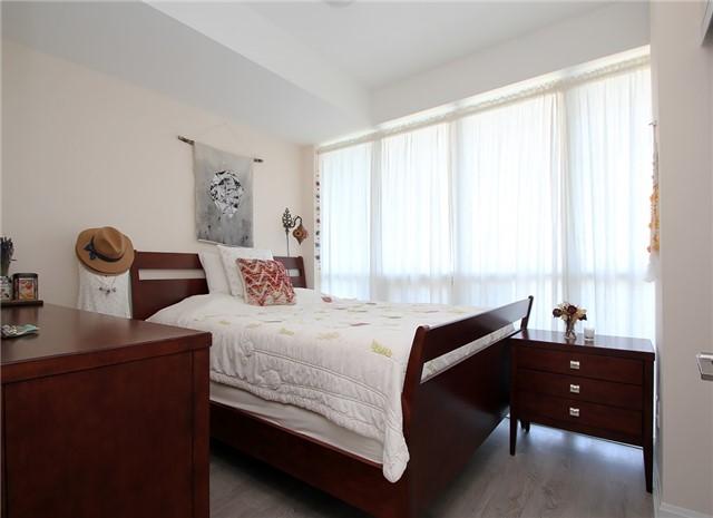 Condo Apartment at 9 Bogert Ave, Unit 1103, Toronto, Ontario. Image 5