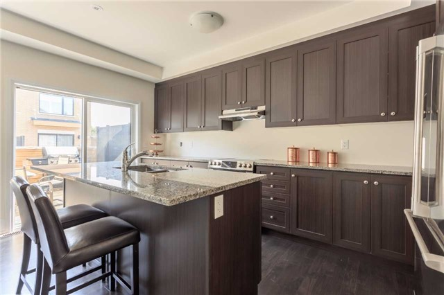Townhouse at 18 Kenneth Wood Cres, Toronto, Ontario. Image 6