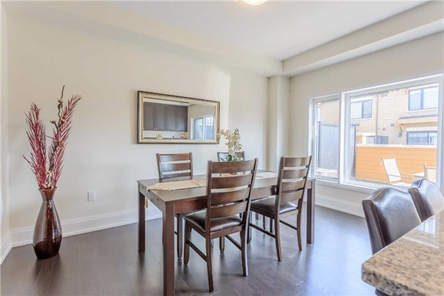 Townhouse at 18 Kenneth Wood Cres, Toronto, Ontario. Image 7