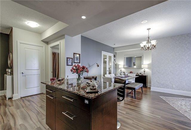 Condo Apartment at 100 Harrison Garden Blvd, Unit 1423, Toronto, Ontario. Image 17