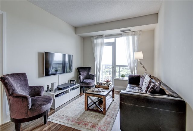 Condo Apartment at 100 Harrison Garden Blvd, Unit 1423, Toronto, Ontario. Image 19