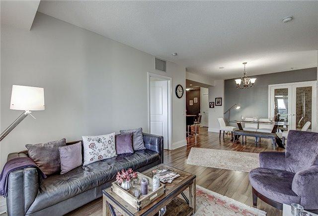 Condo Apartment at 100 Harrison Garden Blvd, Unit 1423, Toronto, Ontario. Image 2