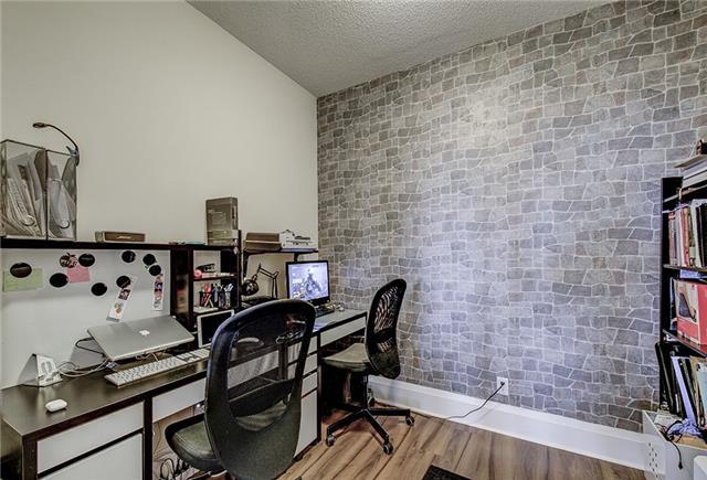 Condo Apartment at 100 Harrison Garden Blvd, Unit 1423, Toronto, Ontario. Image 6
