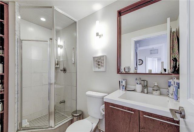 Condo Apartment at 100 Harrison Garden Blvd, Unit 1423, Toronto, Ontario. Image 10