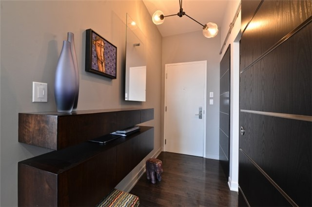 Condo Apartment at 126 Simcoe St, Unit Ph 3, Toronto, Ontario. Image 12