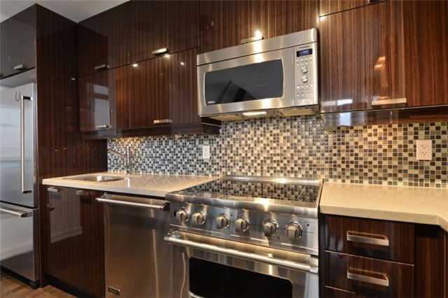 Condo Apartment at 126 Simcoe St, Unit Ph 3, Toronto, Ontario. Image 18