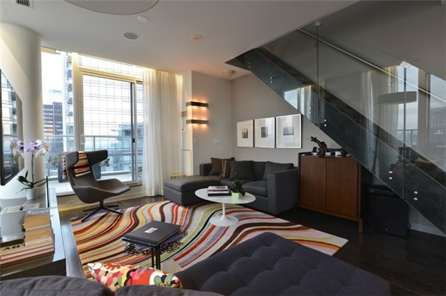 Condo Apartment at 126 Simcoe St, Unit Ph 3, Toronto, Ontario. Image 5