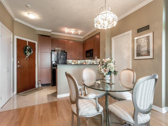 Condo Apartment at 300 Bloor St E, Unit 3004, Toronto, Ontario. Image 17