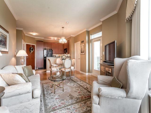 Condo Apartment at 300 Bloor St E, Unit 3004, Toronto, Ontario. Image 20