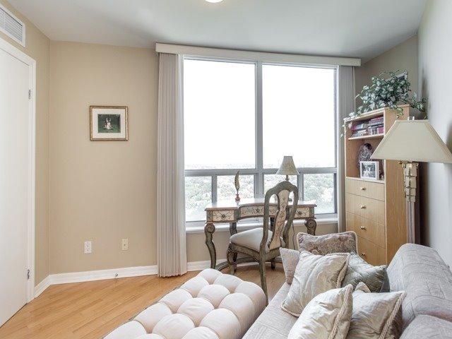 Condo Apartment at 300 Bloor St E, Unit 3004, Toronto, Ontario. Image 8