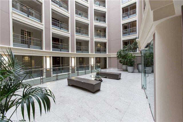 Condo Apartment at 2727 Yonge St, Unit 404, Toronto, Ontario. Image 11