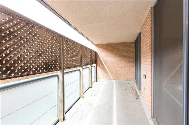 Condo Apartment at 2727 Yonge St, Unit 404, Toronto, Ontario. Image 2