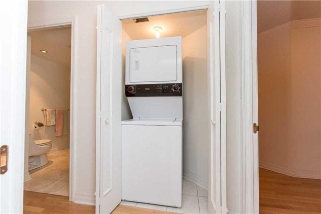 Condo Apartment at 2727 Yonge St, Unit 404, Toronto, Ontario. Image 4