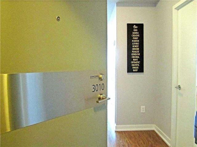 Condo Apartment at 33 Singer Crt, Unit 3010, Toronto, Ontario. Image 12