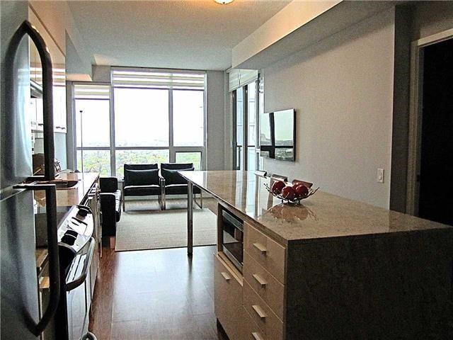 Condo Apartment at 33 Singer Crt, Unit 3010, Toronto, Ontario. Image 15