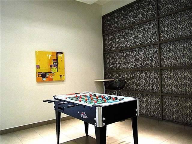 Condo Apartment at 33 Singer Crt, Unit 3010, Toronto, Ontario. Image 4