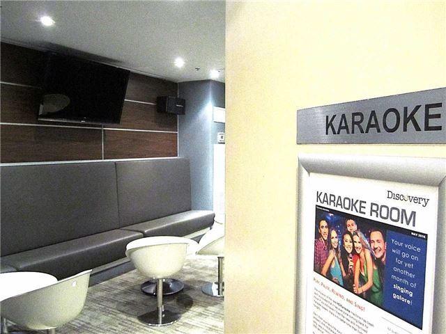 Condo Apartment at 33 Singer Crt, Unit 3010, Toronto, Ontario. Image 7