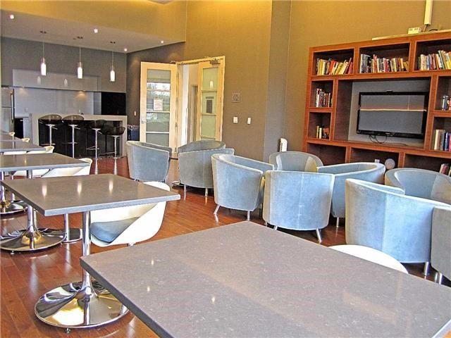 Condo Apartment at 33 Singer Crt, Unit 3010, Toronto, Ontario. Image 11
