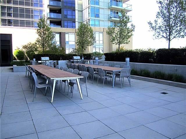 Condo Apartment at 33 Singer Crt, Unit 3010, Toronto, Ontario. Image 13