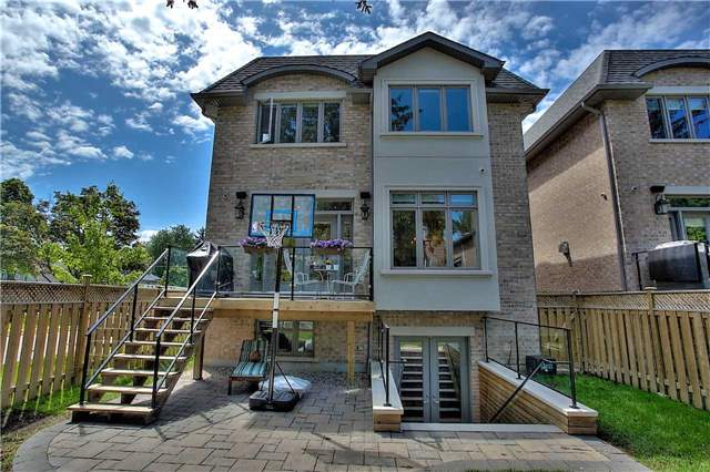 Detached at 182 Alfred Ave, Toronto, Ontario. Image 13