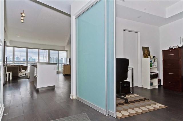 Condo Apartment at 51 East Liberty St, Unit 807, Toronto, Ontario. Image 16
