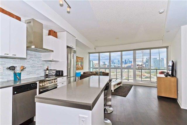 Condo Apartment at 51 East Liberty St, Unit 807, Toronto, Ontario. Image 17