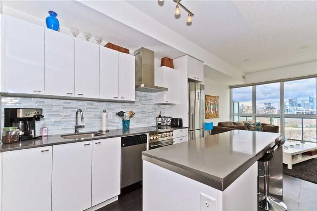 Condo Apartment at 51 East Liberty St, Unit 807, Toronto, Ontario. Image 18