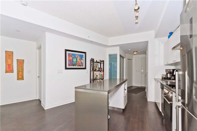 Condo Apartment at 51 East Liberty St, Unit 807, Toronto, Ontario. Image 20