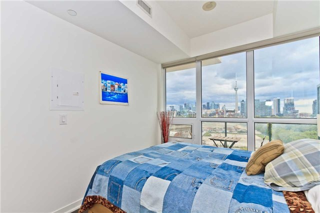 Condo Apartment at 51 East Liberty St, Unit 807, Toronto, Ontario. Image 5