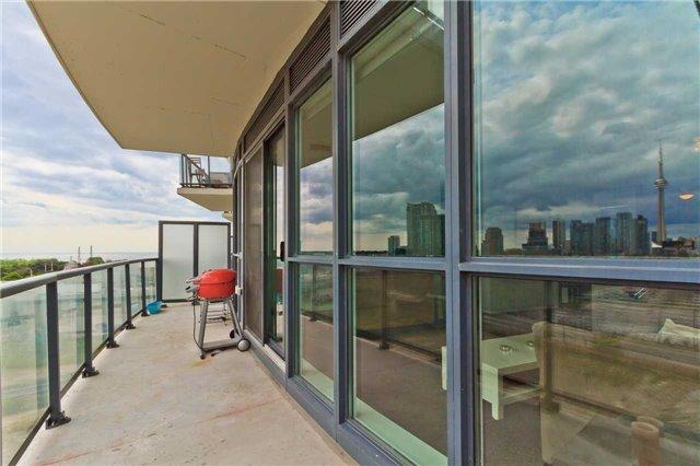 Condo Apartment at 51 East Liberty St, Unit 807, Toronto, Ontario. Image 10