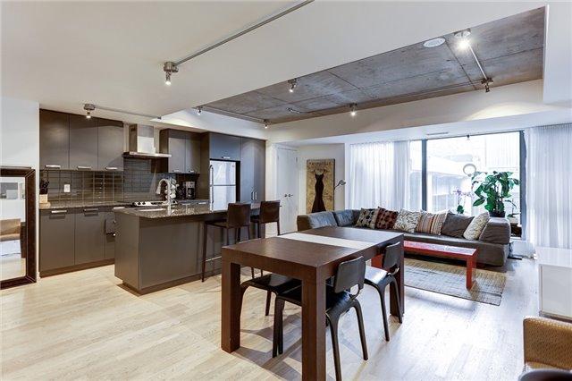 Condo Apartment at 95 Bathurst St E, Unit 109, Toronto, Ontario. Image 14