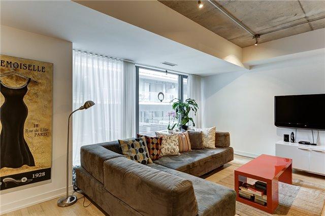 Condo Apartment at 95 Bathurst St E, Unit 109, Toronto, Ontario. Image 19