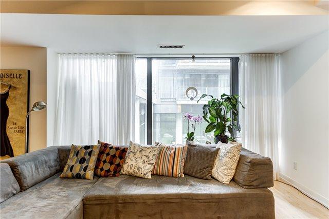 Condo Apartment at 95 Bathurst St E, Unit 109, Toronto, Ontario. Image 20