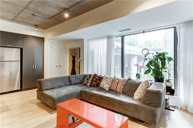 Condo Apartment at 95 Bathurst St E, Unit 109, Toronto, Ontario. Image 2