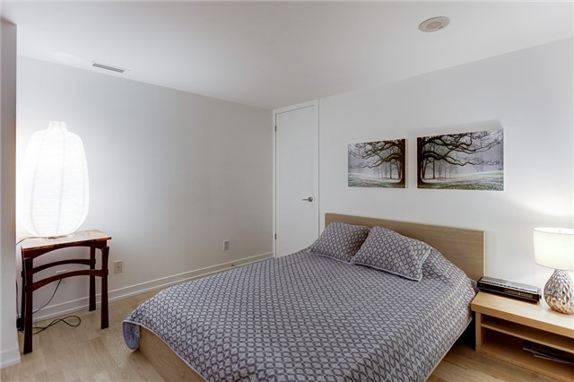 Condo Apartment at 95 Bathurst St E, Unit 109, Toronto, Ontario. Image 4