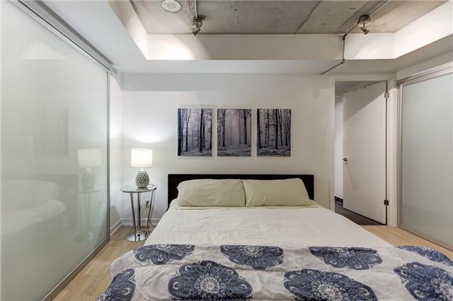 Condo Apartment at 95 Bathurst St E, Unit 109, Toronto, Ontario. Image 10
