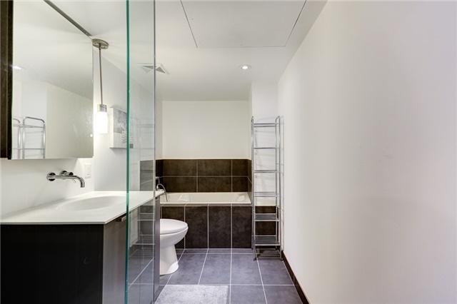 Condo Apartment at 95 Bathurst St E, Unit 109, Toronto, Ontario. Image 11
