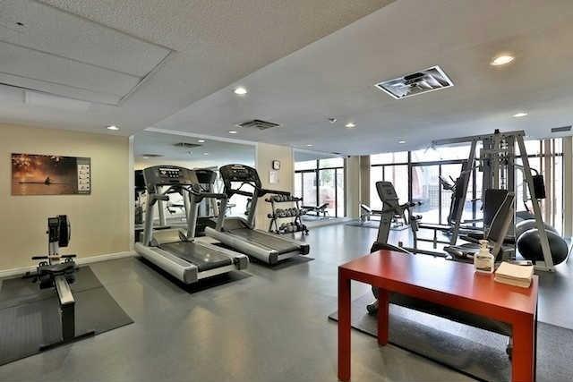 Condo Apartment at 160 Frederick St, Unit 904, Toronto, Ontario. Image 7