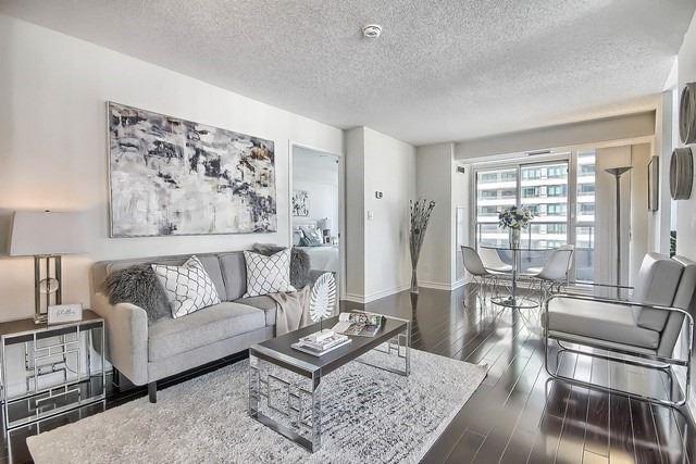 Condo Apartment at 35 Hollywood Ave, Unit 1019, Toronto, Ontario. Image 12