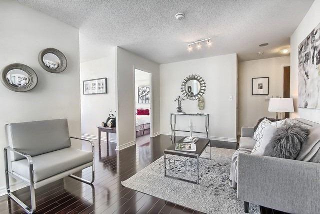 Condo Apartment at 35 Hollywood Ave, Unit 1019, Toronto, Ontario. Image 14
