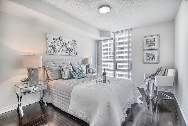 Condo Apartment at 35 Hollywood Ave, Unit 1019, Toronto, Ontario. Image 5